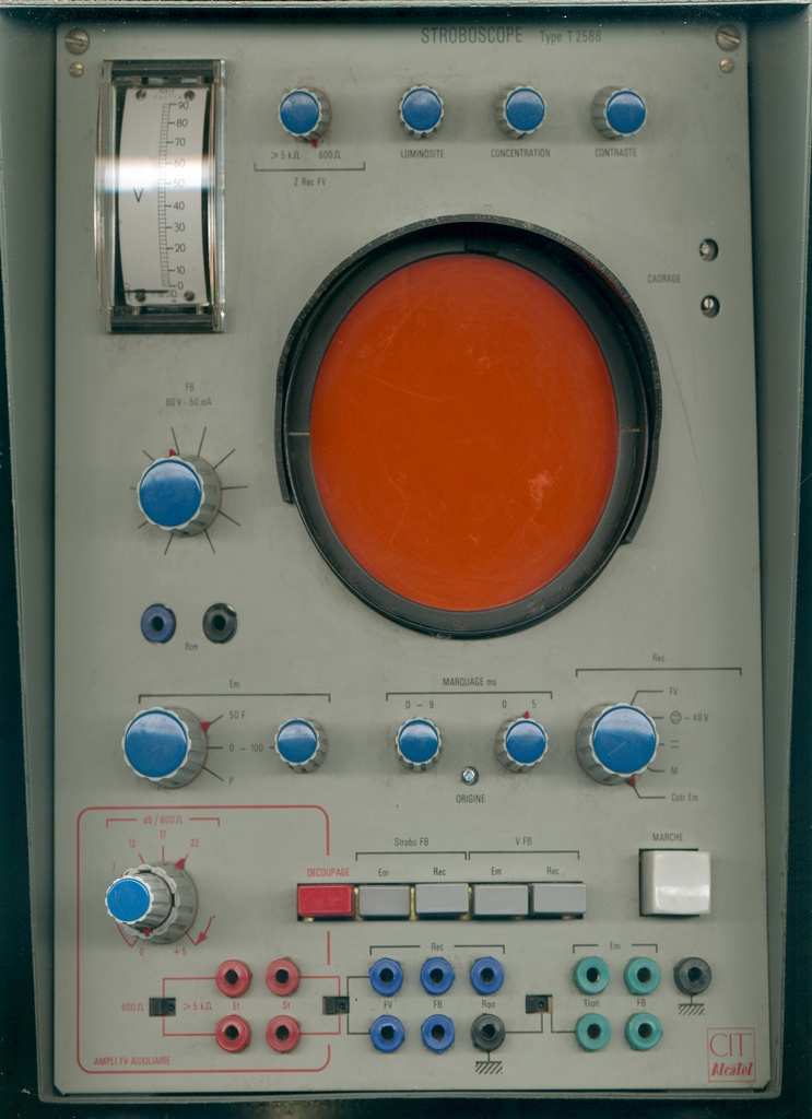stroboscope_telegraphique_Cit_Alcatel_ecran_orange_remanant.jpg